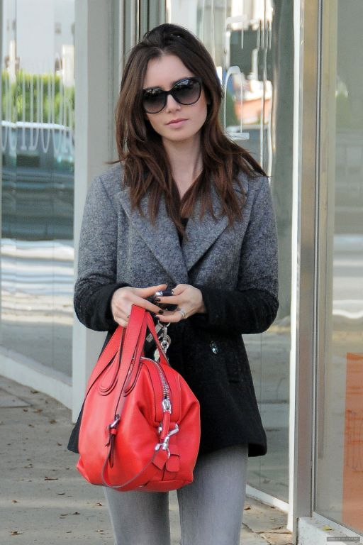 lily-collins-casual-style-out-in-los-angeles-1-7-2016-1